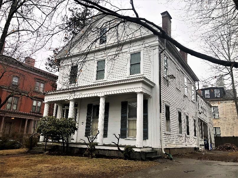 Elm Sober House │ Sober Living for Men in Worcester, Massachusetts